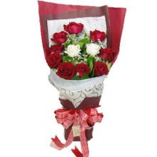 12 Mixed Roses in Bouquet Pampanga