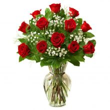 12 Red Roses with Free Glass Vase Pampanga