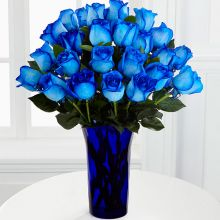 ​Two Dozen Blue Roses with Free Glass Vase Pampanga