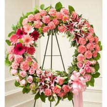 Chic Pink Wreath Send to Pampanga
