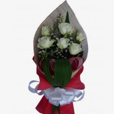 Six White Roses in Bouquet Pampanga